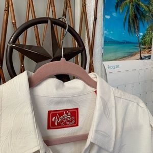 """🗣 NWOT 🌴""""Palm Leaf Shirt by Woody's🌴"""